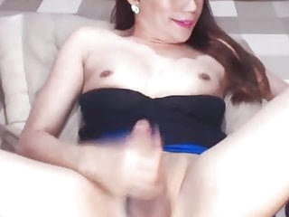 Hot Sexy Shemale Jerking Her Dick