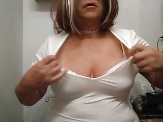 Jennifer Boobs playing around with dildo
