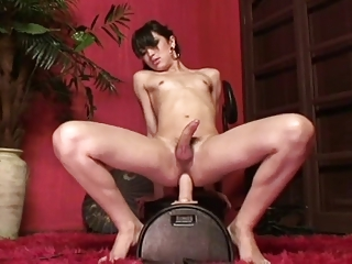 Sandy rides the sybian