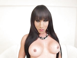 Sexy Dubraska Ramirez in all her solo glory